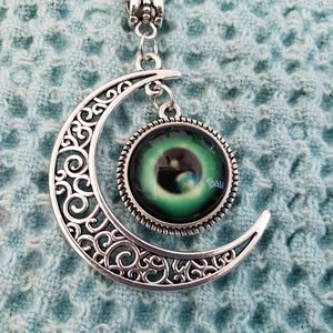 Jewelry - Crescent Moon Wiccan Necklace NWT